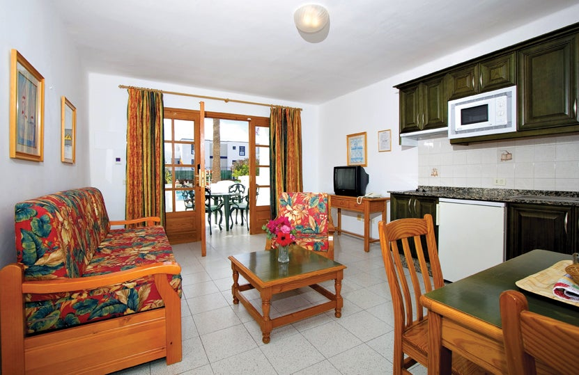Superior Suite Hotel Montana Club In Puerto Del Carmen Lanzarote Holidays From Pp  With Montana Living Direct.