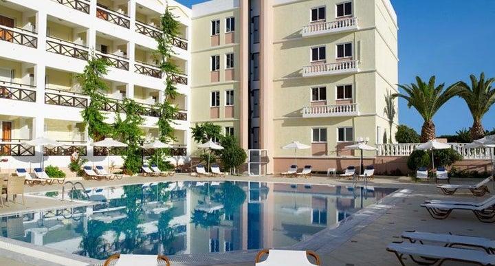 Hersonissos Palace Hotel In Crete Greek Islands