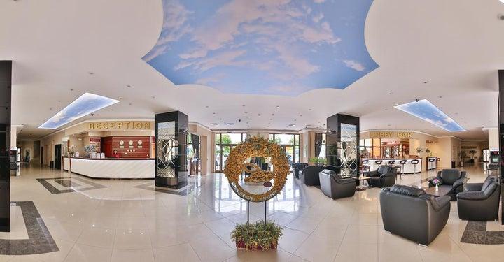 Prestige Hotel and Aquapark Image 18
