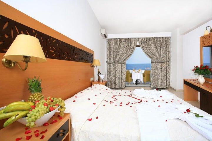 Maritimo Hotel Image 8