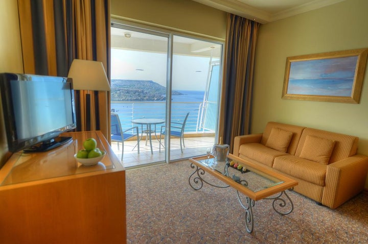 Radisson Blu Golden Sands Resort Image 5
