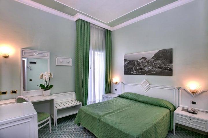 Grand Hotel Riviera Image 13