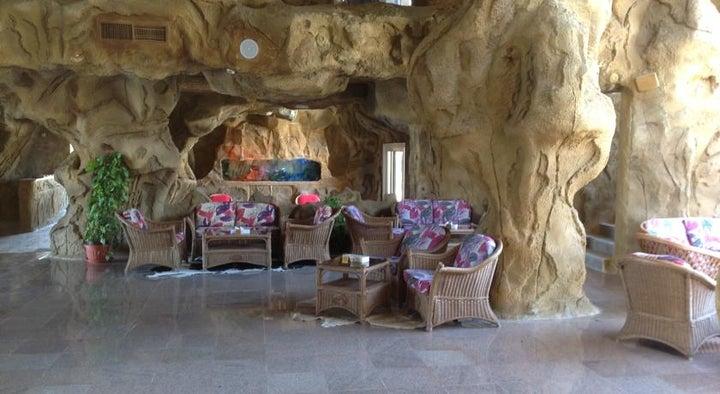 Caves Beach Resort Hurghada Image 4