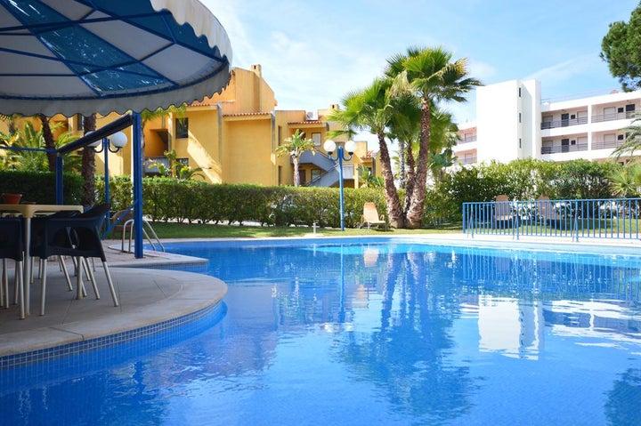 Rio Apartments Image 1