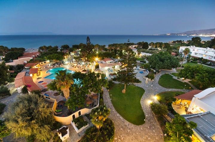 Atlantis Hotel Image 2
