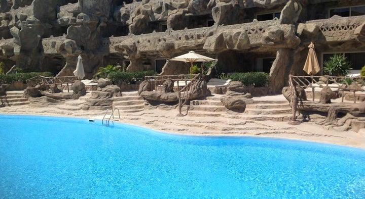 Caves Beach Resort Hurghada Image 23