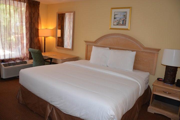 Baymont Inn and Suites Orlando Universal Image 1