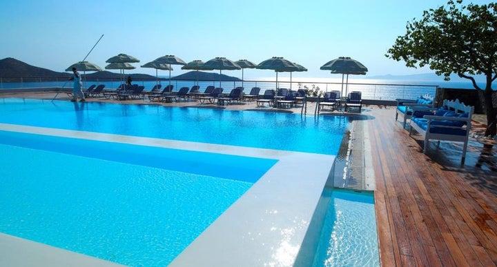 Elounda Ilion Hotel Reviews