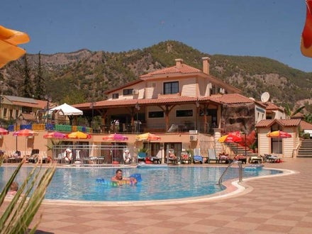 Marcan Beach Hotel Image 13