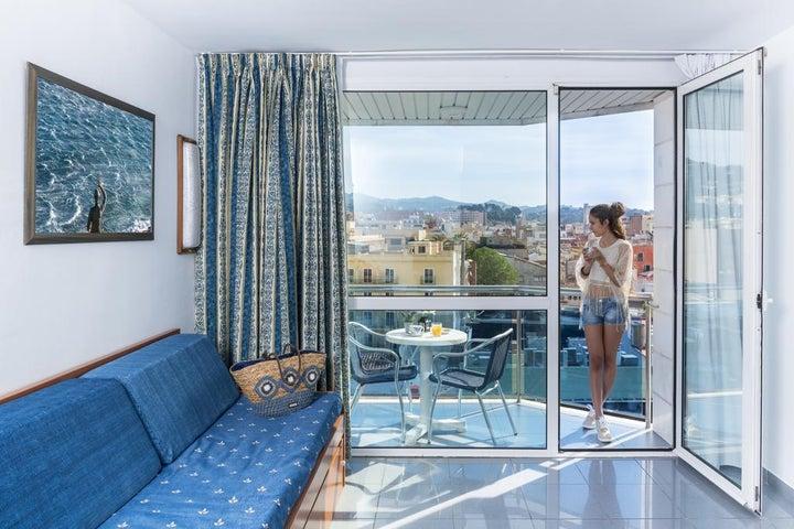 Blau Apartments Image 23