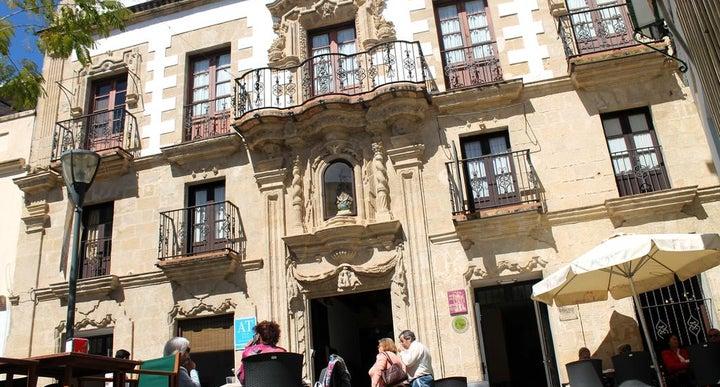 Casa palacio de los leones in puerto de santa maria spain holidays from 201pp loveholidays - Casa puerto santa maria ...