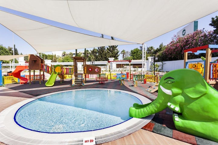 Karmir Resort And Spa Image 39