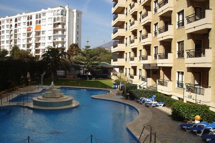 Ronda 4 Apartments Image 23
