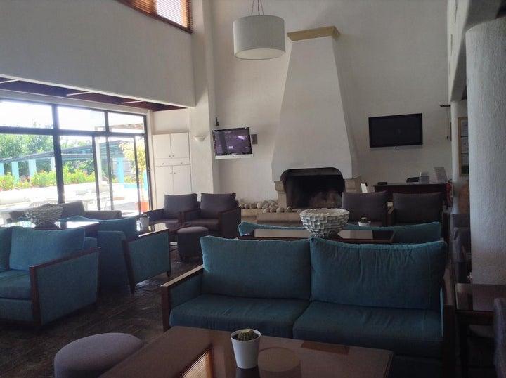 Paphos Gardens Hotel & Apartments Image 9