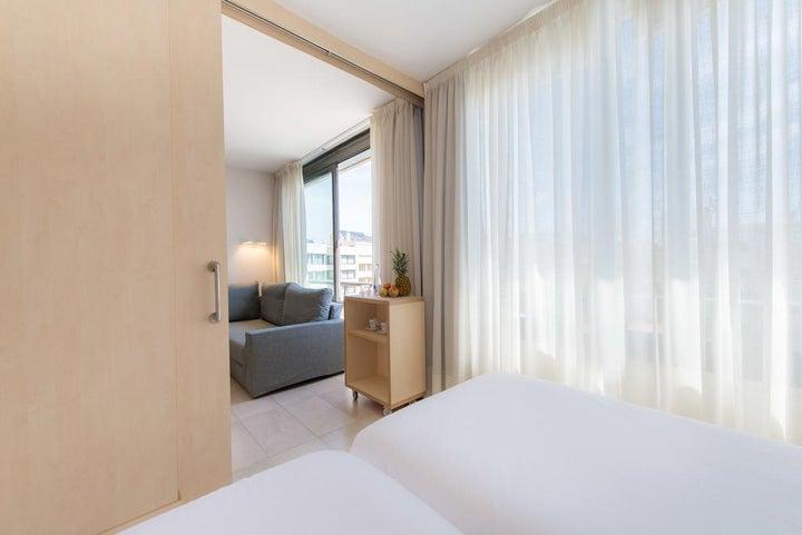 Atenea Park-Suites Image 7