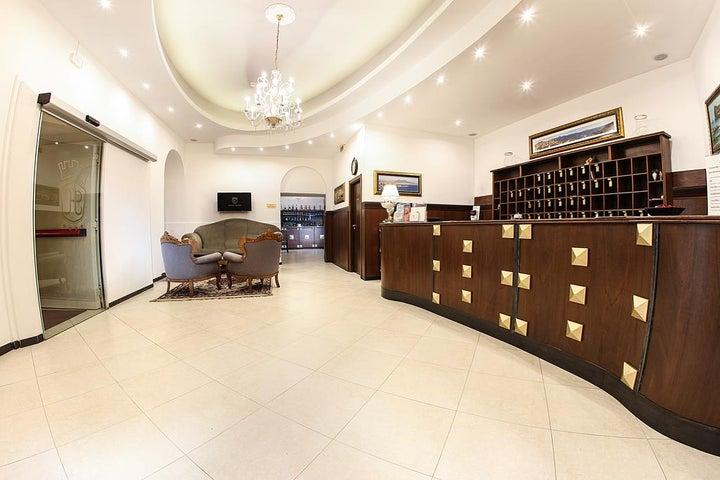 Grand Hotel Capodimonte Image 0