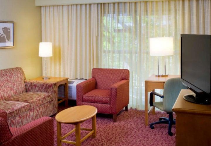 Courtyard Orlando Lake Buena Vista Marriott Villag Image 9