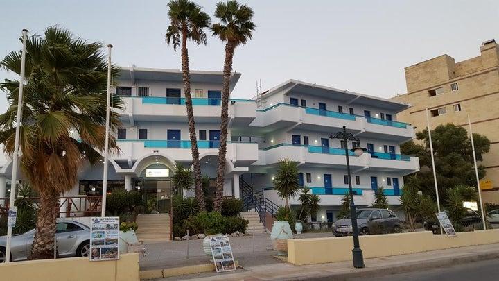 Area Blue Beach Apartment Image 10