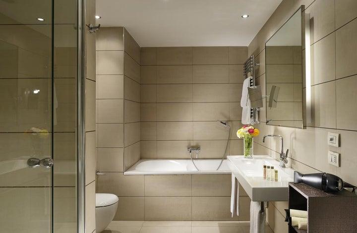 Milan Suite Hotel Image 2