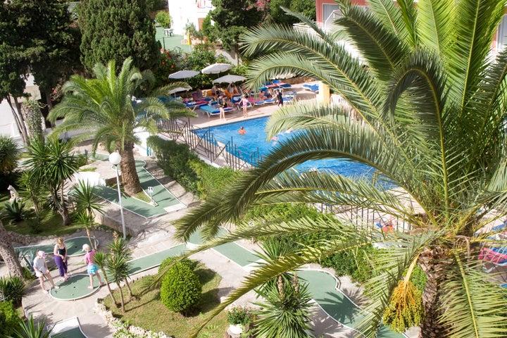 Tropico Playa Hotel Image 2