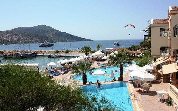 Pirat Hotel Image 1