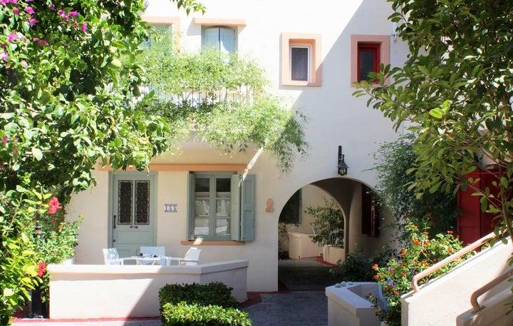 Nissia Kamares Hotel & Apartments Image 1