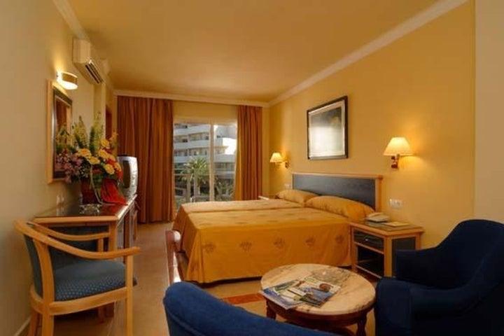 Las Arenas Hotel Image 38