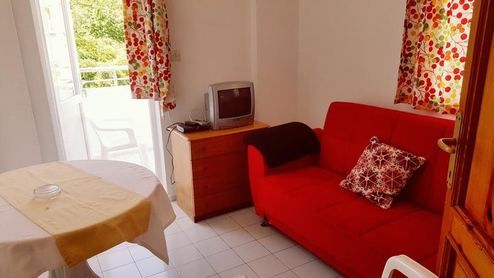 Tolan Apartments Image 1