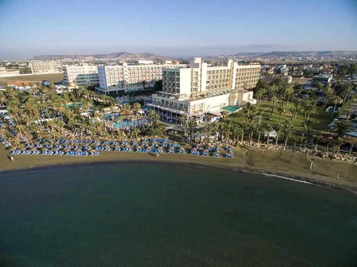 Golden Bay Beach Image 18