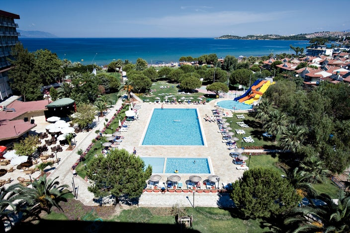 Batihan Beach Resort In Kusadasi Turkey Holidays From 323pp Loveholidays