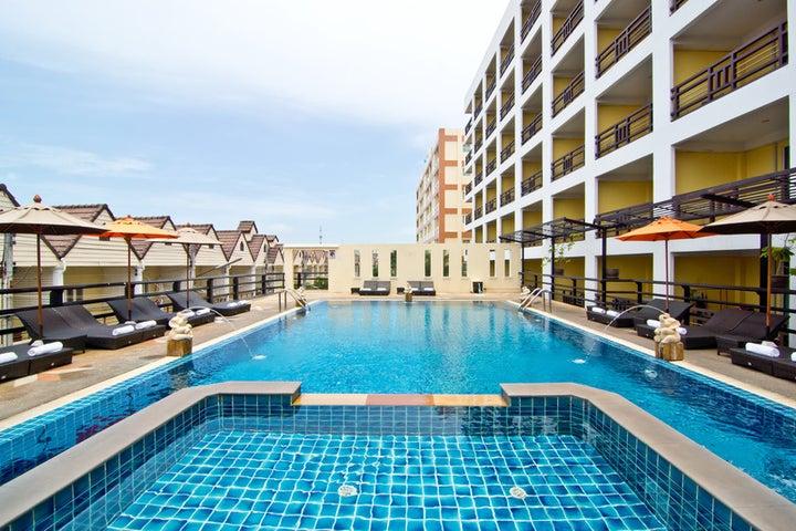 Golden Sea Pattaya Hotel Image 0