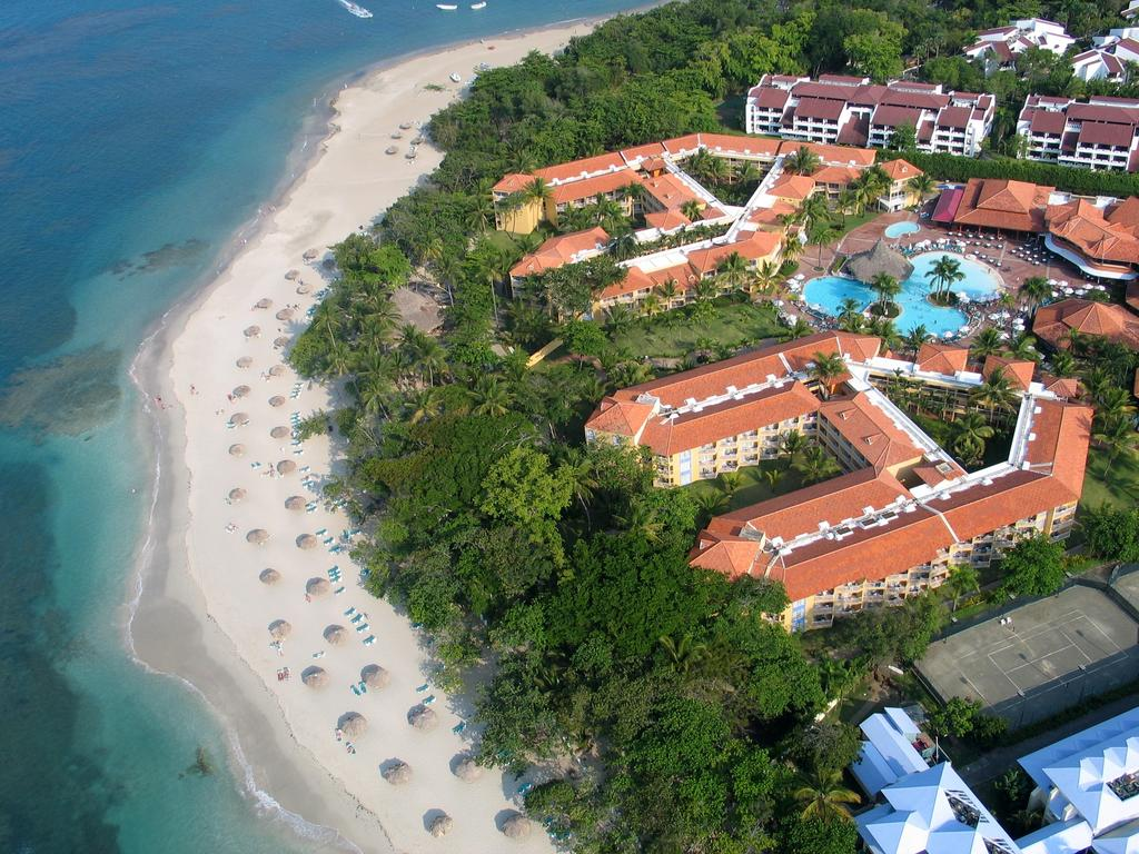 VH Gran Ventana Beach Resort in Playa Dorada, Dominican Republic ...