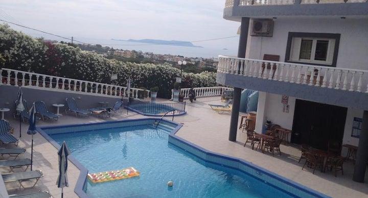 villa marina anissaras in hersonissos crete holidays from 174pp loveholidays. Black Bedroom Furniture Sets. Home Design Ideas