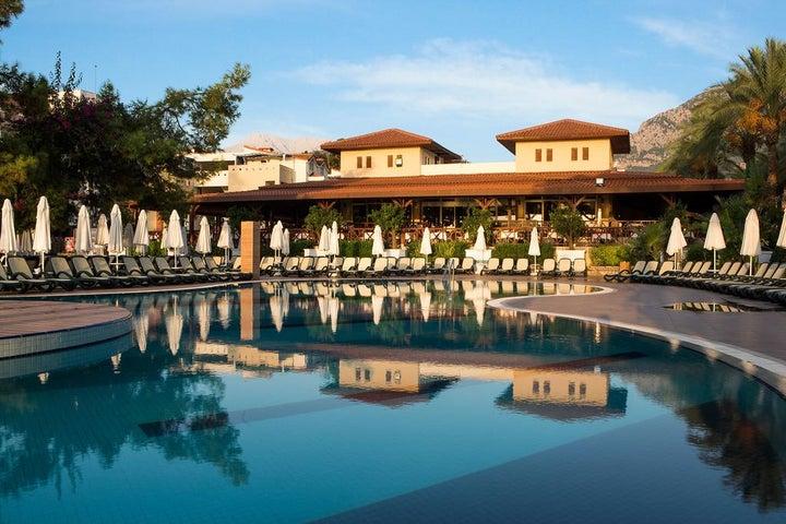 Crystal Aura Beach Resort And Spa Image 5