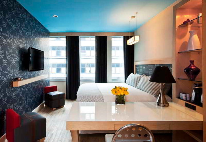 Tryp Times Square South Image 4