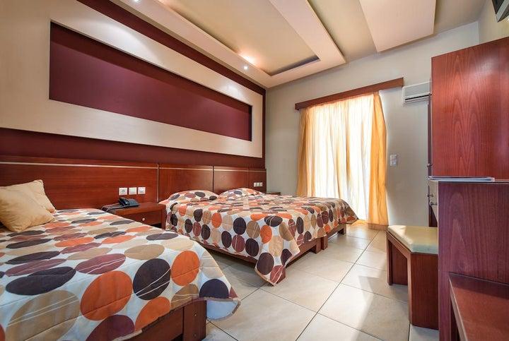 Canadian Hotel Image 17