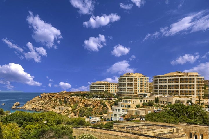 Radisson Blu Golden Sands Resort Image 1