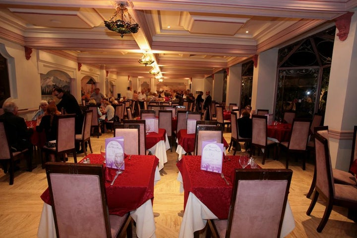 Imperial Holiday Hotel Image 35