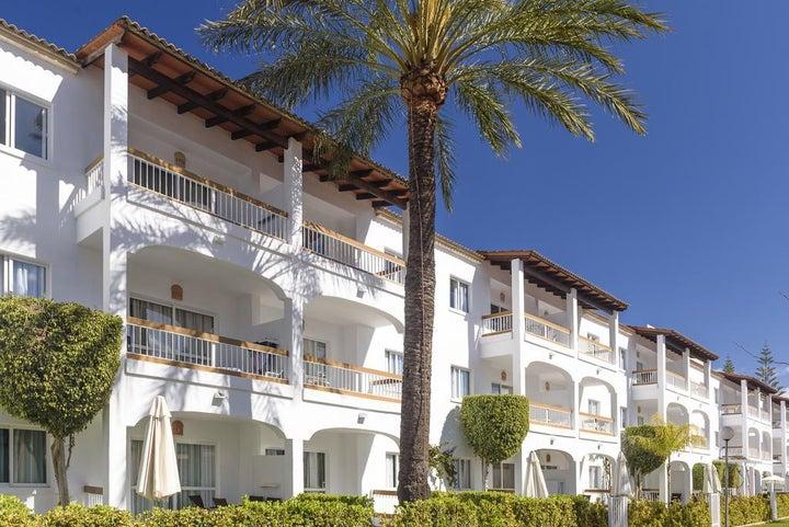 Alcudia Garden Apartments Image 5