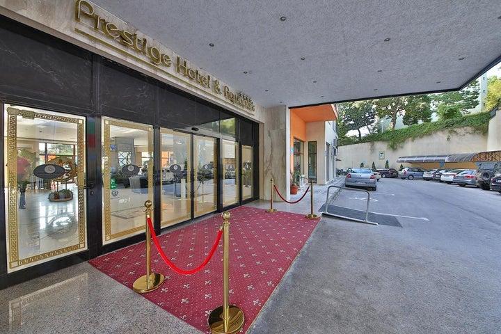 Prestige Hotel and Aquapark Image 4