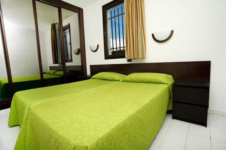 Las Buganvillas Apartments Image 2