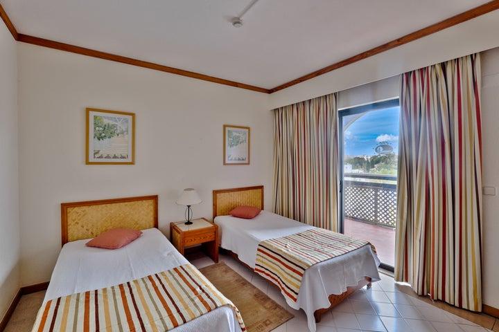 Muthu Oura Praia Hotel Apartments Image 10