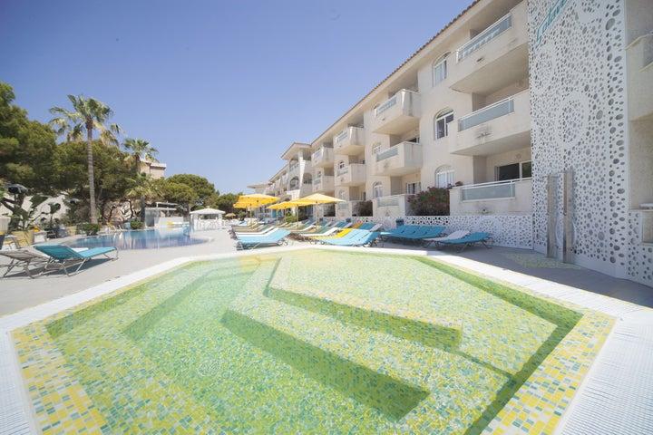 Sotavento Apartments Image 1