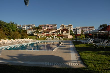 Greek Islands All-Inclusive Honeymoons
