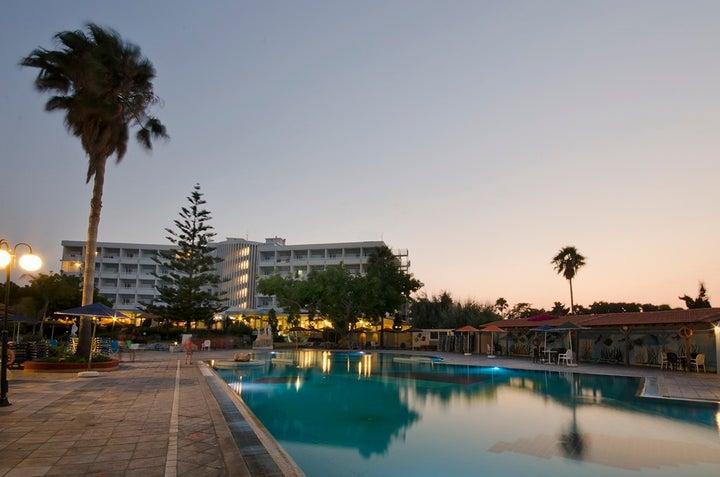Atlantis Hotel Image 4