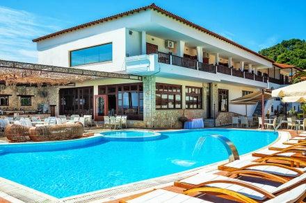 Family luxury holidays to Greece
