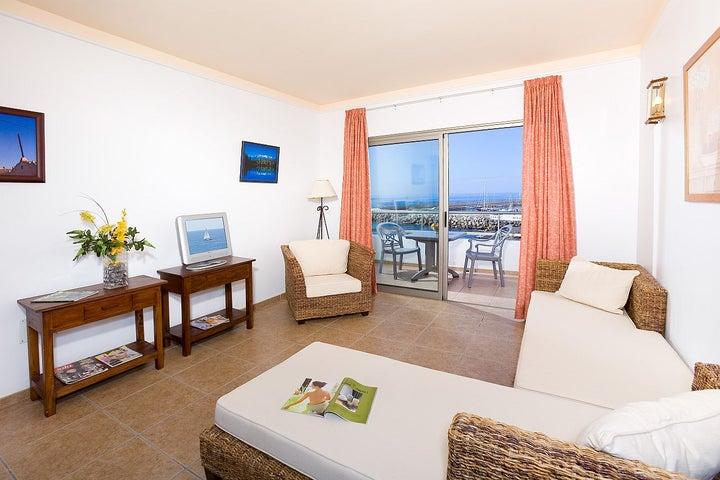 Aguamarina Golf Apartments Image 4