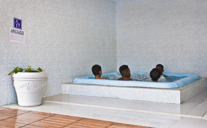 Esplai Hotel Image 2
