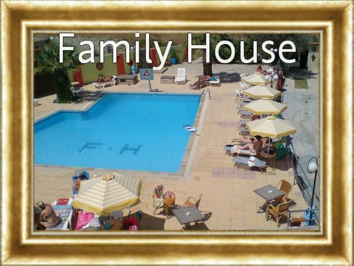 Family House Studios Image 25