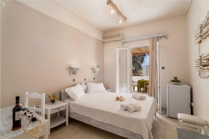Amaryllis Hotel in Perissa, Santorini, Greek Islands